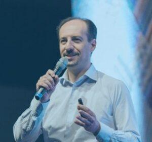 Paolo Fabrizio - Customer Service Culture